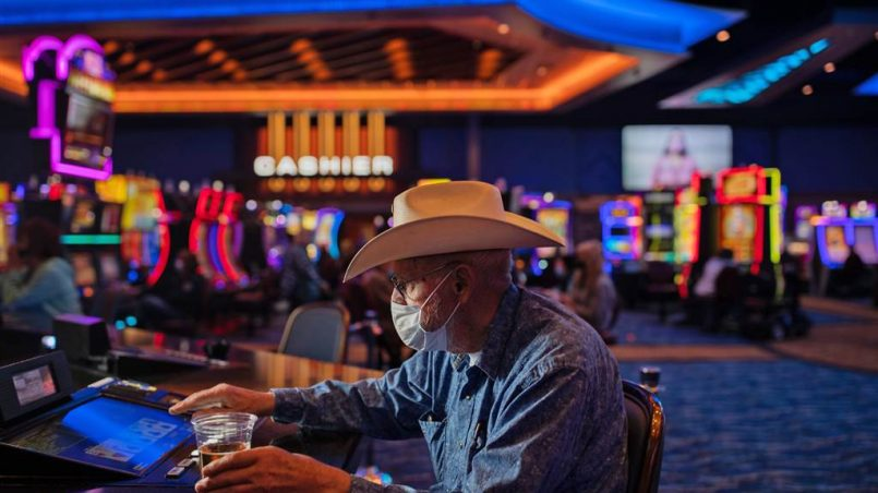 Apply Any Of these Nine Secret Strategies To enhance Gambling